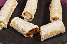 Rollitos rellenos de Crema de Chocolate Negro y Almendras