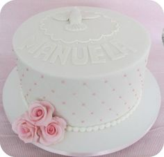 bolo de batizado decorado para meninas Food Cakes, Cupcake, Girl Cakes, Butter Dish, Cake Recipes, Desserts, Pasta, Wedding Dresses, Girls