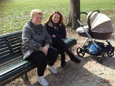 """Maria e Tania """"Sono diventata mamma per la seconda volta due mesi fa. Mia madre, nel suo ruolo di nonna, mi aiuta in modo fondamentale. Il mio sogno si è già avverato: è la mia famiglia!"""""""