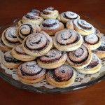 Kakaós csiga tojás nélkül   mókuslekvár.hu Cottage Cheese, Jelly, Muffin, Cookies, Fruit, Breakfast, Cake, Sweet, Food