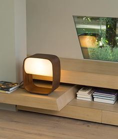 Lámpara de mesa LED de madera 1968 ambiente 3