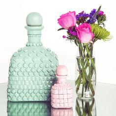 Life is so much more than what we see on the surface, however our #DIY surface is nothing less than spectacular. #psimadethis Textured Bottle using a @Patron bottle #ArtofPatron