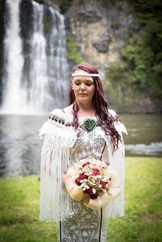 Antique White Korowai 40 inch width 28 inch length NB: Greenstone necklaces are not included. Maori Designs, Maori Patterns, Flax Flowers, Long White Cloud, Maori Art, Wedding Goals, Wedding Ideas, Weaving Art, Designer Wedding Dresses