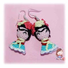 Crochet earrings #amigurumi #Frida Kahlo. Orecchini uncinetto amigurumi Frida Kahlo.