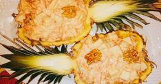 Fabulosa receta para Ensalada de piña natural, zanahoria, palmitos, queso y nueces. #MiRecetaParaLasFiestas Probé una opción similar en Navidad y nos gustó que fui por más en Año Nuevo. Esta vez utilicé una piña natural, en la cual me parece que queda divina presentada e hice un pequeño cambio de ingredientes.