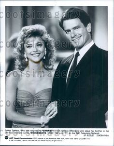 You are bidding on an original press photo of Actor Gordon Thomson Emma Samms TV Soap Opera Dynasty. Photo measures 7 x 9 inches and is dated Dynasty Tv Show, Tvs, Der Denver Clan, Barbara Eden, Tv Soap, Tv Couples, Young And The Restless, Black N White Images, Press Photo