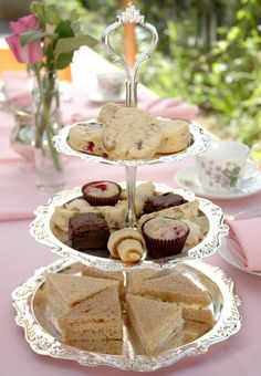 English-Five-o'clock-Tea-Party-7