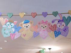Baby Disney, Disney Love, Duffy The Disney Bear, Board Decoration, Tokyo Disney Sea, Pooh Bear, Flower Crafts, Baby Shower Decorations, Badge
