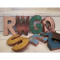 handgjorda träbokstäver bokstav återvunnet trä unika industristil, Hause ideen