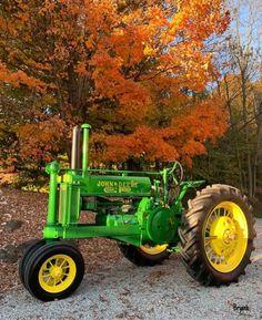 Antique Tractors, Vintage Tractors, Ford Tractors, John Deere Tractors, John Deere Equipment, Heavy Equipment, Architecture Design, Antiques, Outdoor