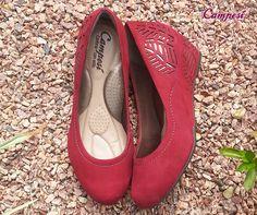 Destaque os seus pés nos looks do dia a dia com este sapato lindo!