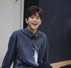 Check out Stray Kids @ Iomoio Profile Wallpaper, Stray Kids Seungmin, Big Crush, Look At You, Lee Know, Lee Min Ho, Fan Fiction, New Wall, Beautiful Boys