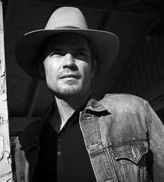 Raylan Givens Returns to TV Screens January 7th