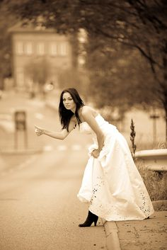Izabella IV - Trash The Dress
