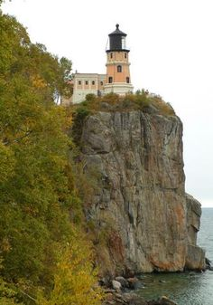 Split Rock Lighthouse in Deluth, MN @Dana Mattice this looks really pretty! You'll have to check it out. #Imissyoualready