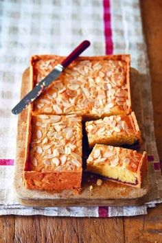 Bakewell slices Sweet Buns, Sweet Pie, Baking Recipes, Cake Recipes, Almond Recipes, Crusted Rack Of Lamb, British Baking, Sweet Pastries, Foodie Travel