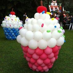Love these balloon cupcakes decorations for a cupcake birthday party. Birthday Balloon Decorations, Birthday Party Themes, Birthday Cupcakes, Cupcake Party Decorations, Candy Land Decorations, Cupcake Decorating Party, Party Cupcakes, Birthday Candy, Happy Birthday Balloons