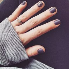 The perfect fall and winter neutral nails.