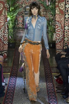 6f32df8e63c6c Roberto Cavalli Milan Spring Summer 2017 Ready-To-Wear