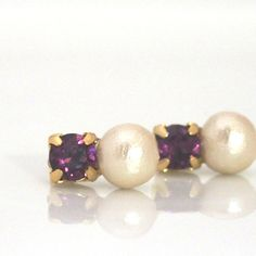 Totally Invisible Clip Earrings: Amethyst Swarovski and Light Beige Cotton Pearl Invisible Clip on Earrings by MiyabiGrace, #コットンパール #コットンパールノンホールピアス #コットンパールイヤリング #スワロフスキーノンホールピアス #CottonPearl #CottonPearlClipOnEarrings #PearlClipOnEarrings #ClipOnEarrings #SwarovskiClipOnEarrings #AmethystSwarovskiClipOnEarrings #InvisibleClipOnEarrings #PearlnvisibleClipOnEarrings #CottonPearlInvisibleClipOnEarrings #MiyabiGrace #NonPiercedEarrings #PearlNonPiercedEarrings #Jewelry #Accessory