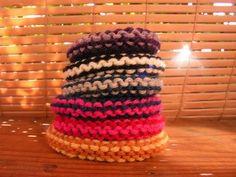 cool sweet lil' idea - knitted bracelets