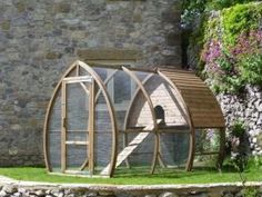 Chicken Coops Plans. Love the shape of this one.