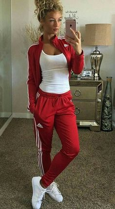 41 Cute sporty outfits for the school you need to try - # Cute . Outfits 41 Cute sporty outfits for the school you need to try - # Cute Cute Sporty Outfits, Simple Outfits, Sport Outfits, Casual Outfits, Adidas Outfits For Women, Cute Addidas Outfits, Adidas Joggers Outfit, Sporty Clothes, Adidas Sneakers