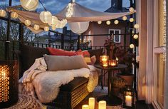 Turn your tiny balcony into an outdoor balcony decoration ideas winter balcony decor ideas for christmas turn your tiny balcony into an outdoor How To Turn Your Tiny Balcony Into … Terrazas Chill Out, Outdoor Spaces, Outdoor Living, Ikea Outdoor, Outdoor Balcony, Outdoor Sheds, Tiny Balcony, Balcony Ideas, Terrace Ideas
