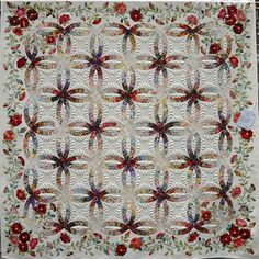 Rings and Roses by Janet Treen, Double Wedding Ring quilt Longarm Quilting, Free Motion Quilting, Machine Quilting, Quilting Projects, Quilting Designs, Hand Applique, Applique Quilts, Rose Applique, Double Wedding Rings
