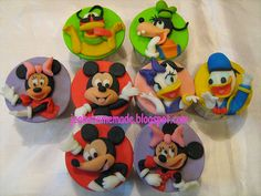 Mickey Mouse Clubhouse Theme Cupcakes, via Flickr.