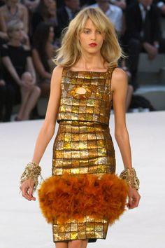 chanel haute couture 2014 | Chanel, sotto il segno del Leone Chanel haute couture Autunno Inverno ...