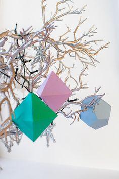 DIY-Geometric-Christmas-Tree-Thorntons-Chocolate-Decorations-6