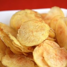 Can you really make potato chips in the microwave? Oh, yes, you can. And they're fantastic!