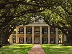 Louisiana plantation homes site photos