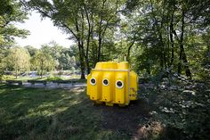 'yellow submarine' is a playful intervention set in a public park defined by the capsule-looking shape and materials which reflect the theme of water.