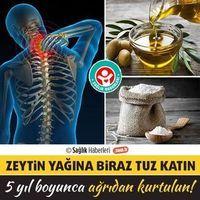Eğer biraz zeytin yağına tuz eklerseniz önümüzdeki 5 yıl ağrı çekmezsiniz! Osteochondrosis olarak bilinen sinir bozucu ve ağrılı bir boyun rahatsızlığından veya eklem ağrısından muzdarip olursanız, bu doğal yöntem ile ağrılarınızdan kolayca kurtulabilirsiniz.. #sağlık #saglik #sağlıkhaberleri #health #healthnews #boyunağrısı #Osteochondrosis