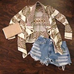 Urban Outfitters Aztec Print Sweater/Cardigan Urban Outfitters sweater/cardigan. Open/flowy in front. Tight long sleeves. Aztec print//cream/tan/brown/gray. Size medium. Great condition! Urban Outfitters Sweaters Cardigans