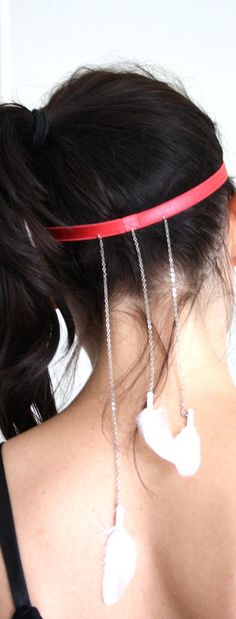 Coral Hair Band with Three Thin Chains and Three par MoiselleEve