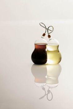Hulu Oil and Vinegar Set