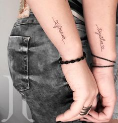 """Tatuagem feita por Joy Tattooer de Uberlândia.    """"Together forever"""" em escrita fina e delicada."""