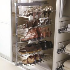 Pull-out shoe rack with its heavy gauge (6mm dia.) chrome plated removable racks and concealed full extension soft close runners, Available in 3 and 5-tier options Powder coated metallic grey frame Heavy gauge (6mm) chrome plated racks 2...