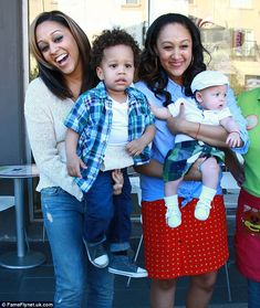 A sweet treat! Twins Tia and Tamara Mowry buy frozen yoghurt for sons Cree and Aden while filming their reality show My Black Is Beautiful, Beautiful Family, Beautiful Babies, Beautiful Children, Simply Beautiful, Cute Celebrities, Celebs, Celebrities Fashion, Tia And Tamera Mowry