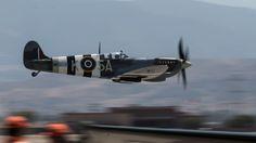 https://flic.kr/p/Hj5VmB | Spitfire MK.XIV High Speed Pass