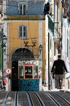 Bica #lisboa #portugal ©Luis Novo