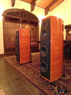 Sonus Faber Amati Homage Speakers available at Audio Visual Solutions Group 9340 W. Sahara Avenue, Suite 100, Las Vegas, NV 89117. Call us for pricing and availability (702) 875-5561.