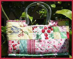 bird bag by Hambone and Jennicakes, via Flickr