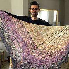 Ravelry: Chevron Shenanigans pattern by Stephen West Bind Off, Yarn Over, Garter Stitch, Knitted Shawls, Ravelry, Knitting Patterns, Chevron, Saree, Stylish