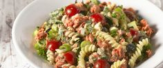 Pastasalade met roze zalm, rucola en tomaatjes product foto Ethnic Recipes, Salads