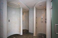 Erlebnisduschen / experience showers Das Hotel, Showers, Divider, Bathtub, Bathroom, Furniture, Home Decor, Standing Bath, Washroom