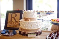 Simple Rustic Wedding Cakes | Found on rusticweddingchic.com